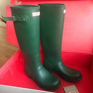 NWT- Green Hunter Rain Boots